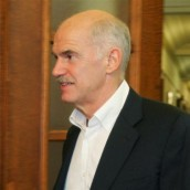 Εγκρίθηκε ο εφαρμοστικός νόμος του μεσοπρόθεσμου από το υπουργικό συμβούλιο
