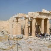 Ο κορονοϊός «επισκέπτεται» την Ακρόπολη και οι συνδικαλιστές εκθειάζουν την …κα Μενδώνη