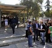 Κατάληψη του ταμείου της Ακρόπολης από συμβασιούχους