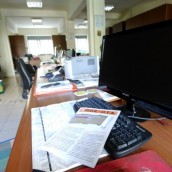 30.000 απολύσεις και μετατάξεις δημοσίων υπαλλήλων μέσα σε ένα χρόνο