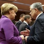 """Στις Βρυξέλλες με τριπλό """"όχι"""" στα τελεσίγραφα"""