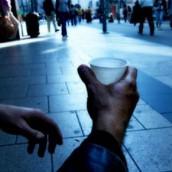 Ένας στους πέντε Έλληνες σε κίνδυνο φτώχειας