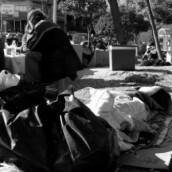 Der Spiegel: Πολιτισμός υπό κατάρρευση και νεοφασίστες στην Αθήνα