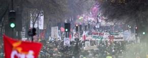 Γαλλία: Νίκη των συνδικάτων αποσύρεται το πιο αμφιλεγόμενο μέτρο της συνταξιοδοτικής μεταρρύθμισης