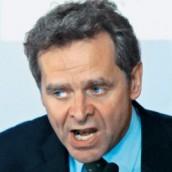 Τροϊκανός επίτροπος σε κάθε υπουργείο
